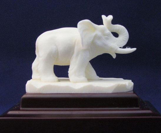 Mỹ nghệ chạm khắc xương – Voi cát tường 9″